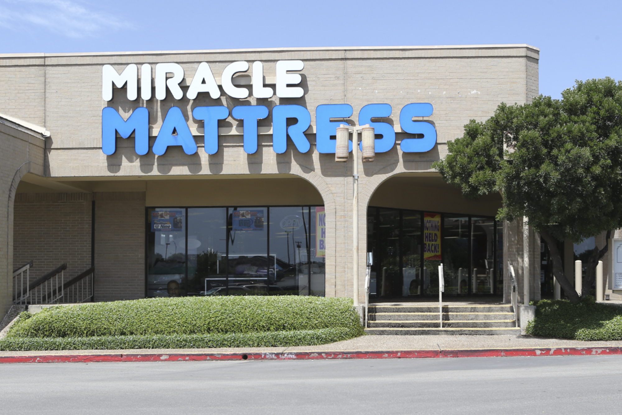 san antonio mattress store reopening after releasing controversial sept 11 ad asks for. Black Bedroom Furniture Sets. Home Design Ideas