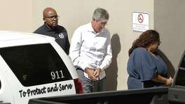 Tim Duncan's former financial adviser, Charles Banks, is transported to federal court Sept. 9, 2016. Tuesday, Duncan, Sean Elliott, Manu Ginobili, Kevin Garnett, RC Buford and Coach Greg Popovich were in court to see a federal judge sentence Banks for defrauding Duncan.