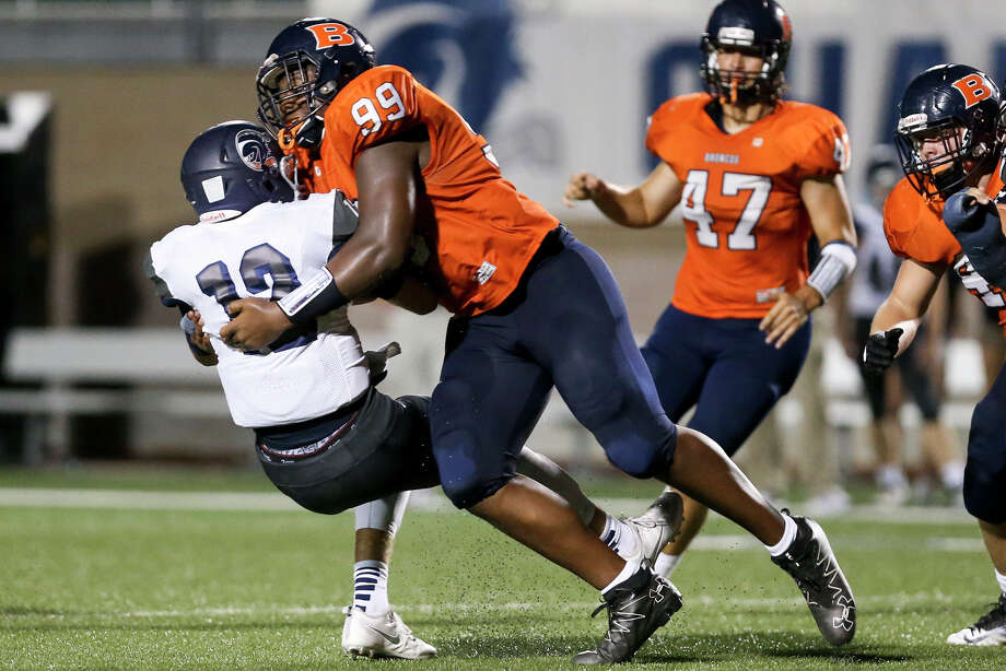 Brandeis's Brandon Matterson sacks Boerne Champion's Davis Brin during the second half of their game at Farris Stadium on Friday, Sept. 9, 2016.  MARVIN PFEIFFER/ mpfeiffer@express-news.net Photo: Marvin Pfeiffer/San Antonio Express-News