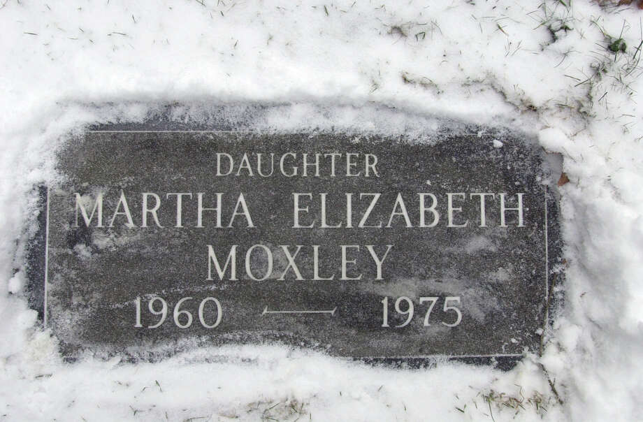 The grave marker of Martha Elizabeth Moxley in Greenwich, Conn. Photo: AP File Photo / AP