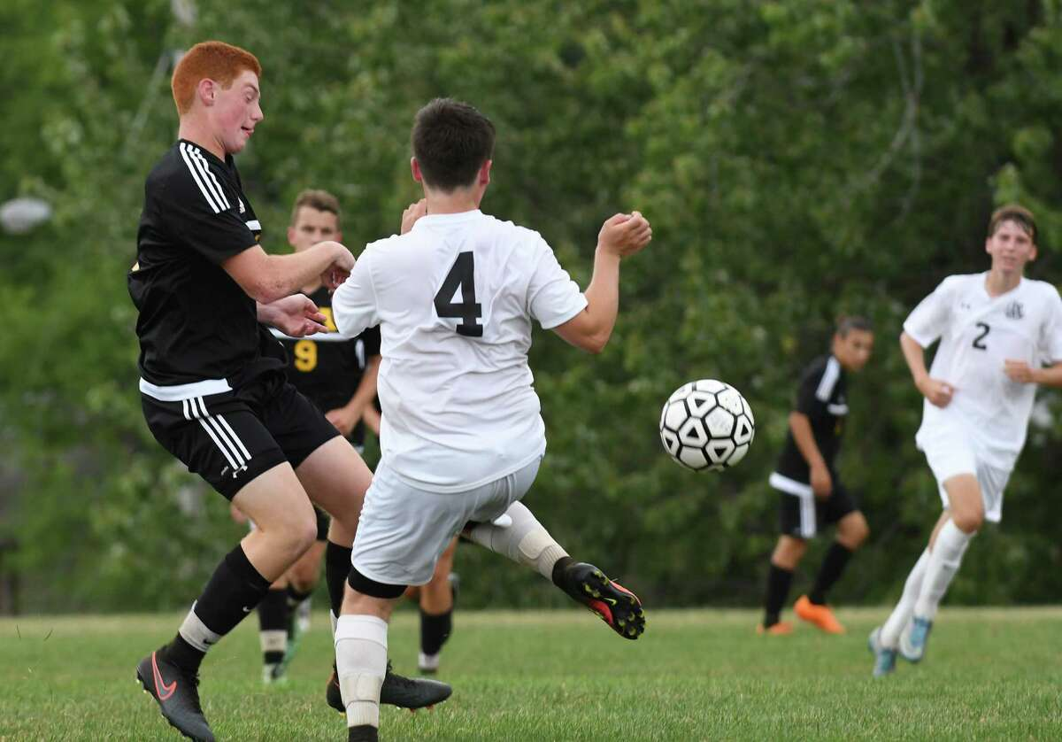 The Voorheesville at Albany Academy boys' soccer game on Thursday Sept. 8, 2016 in Albany, N.Y. (Michael P. Farrell/Times Union)