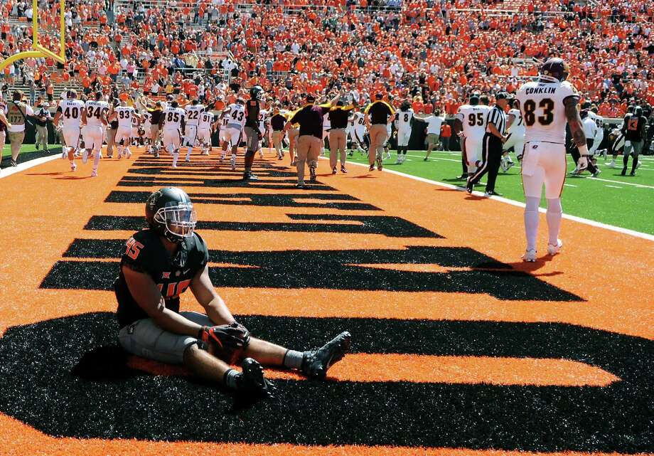 American Conference suspends officials in CMU-Oklahoma State game