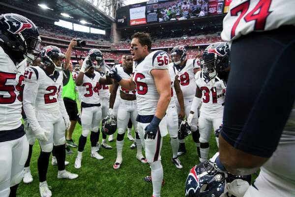 Houston Texans inside linebacker Brian Cushing (56) pumps up the team before the first quarter of an NFL football game at NRG Stadium on Sunday, Sept. 11, 2016, in Houston.