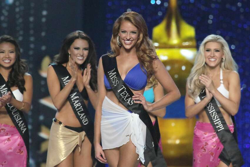 Miss Texas Caroline Carothers appears onstage during the 2017 Miss America Competition at Boardwalk Hall Arena on September 11, 2016 in Atlantic City, New Jersey.