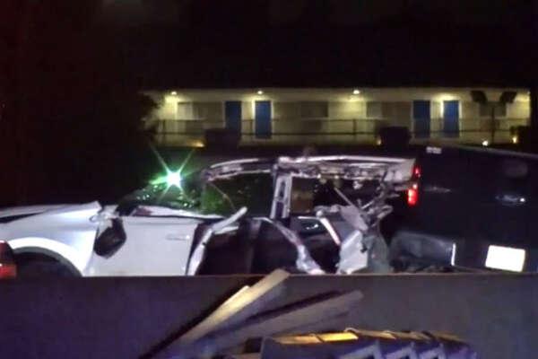 Woman dies in crash on Northwest Freeway - HoustonChronicle com