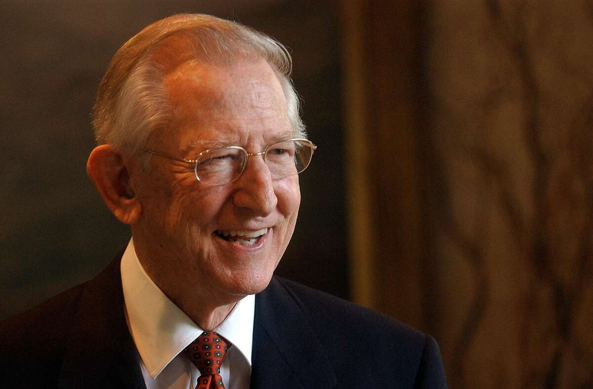 Howard E. Butt Jr., the brother of H-E-B Chairman and CEO Charles Butt and the oldest son of the grocery chain's namesake founder Howard E. Butt Sr., died Sunday at his home in Kerrville.