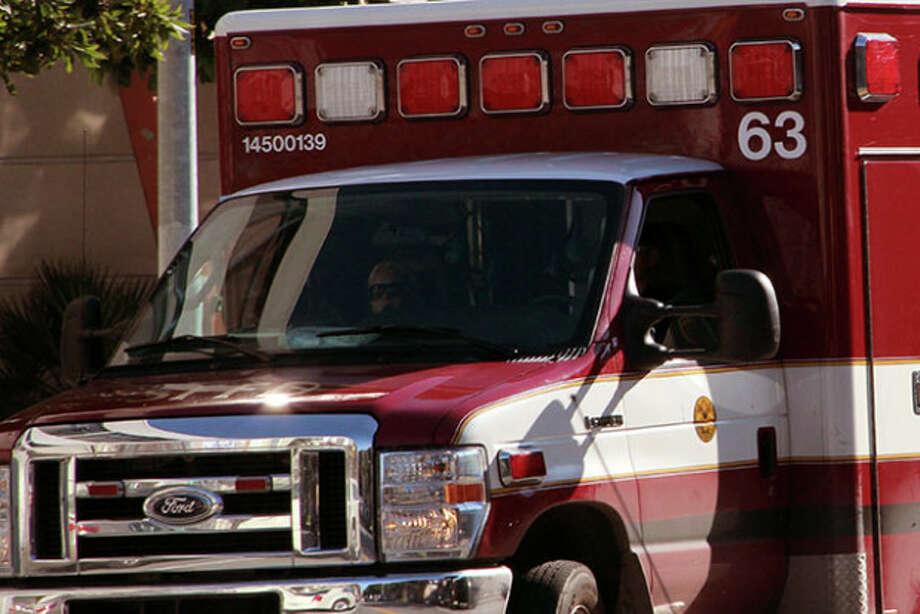 Sacramento man killed, woman badly injured after vehicle veers off I-5