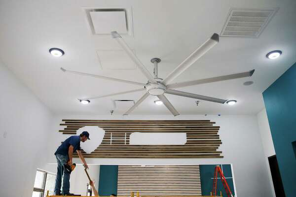 Big As Fan >> Big Ass Fans Company Finds Texas Weather Is Good For Business