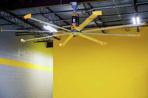 Big As Fan >> Maker Of Big Ass Fans Taps Houston As Home Of First Showroom