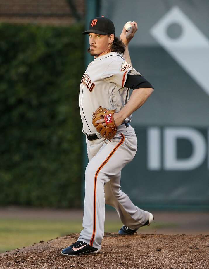 On the night the 49ers start their season, former wide receiver Jeff Samardzija pitches for the Giants. Photo: Nam Y. Huh, Associated Press