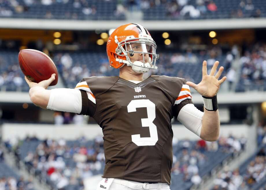 19. Brandon Weeden, BrownsGame: 12/35, 118 yards, 0 TD, 4 INT, 25 rushing yards, 5.1 QB rating2012 Season: 15 GP, 297/517 (57.4%), 3,385 yards, 14 TD, 17 INT, 72.6 QB ratingDespite Weeden's atrocious play, the Browns managed to hang around in a 17-16 loss to the Eagles. It got a little bit better as the season progressed, but not much. Weeden is now a backup with the Texans.  Photo: Sharon Ellman/Associated Press