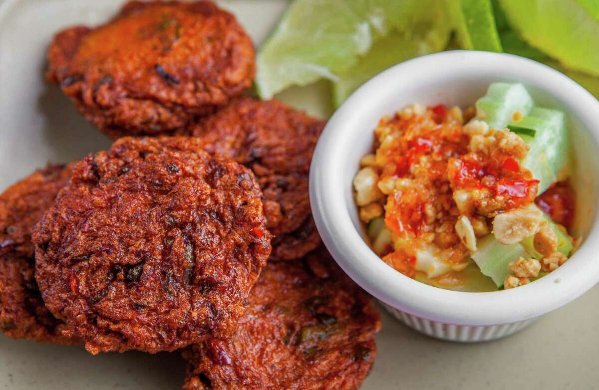 Vieng Thai's tod mun pla, deep fried curried fish cake with cucumber and peanut dip