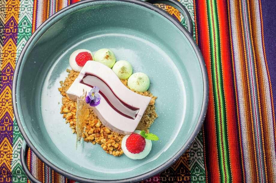 Purple Corn delight (no-bake purple corn cheesecake with homemade oatmeal crust) at Latin Bites Photo: Nick De La Torre, Houston Chronicle / © de la Torre Photos LLC