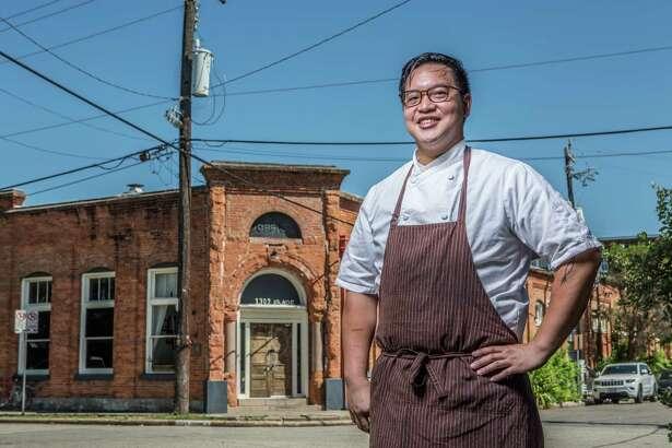 ** Top 100 Restaurants ** Oxheart Restaurant's chef Justin Yu. Photographed Thursday, July 21, 2016, in Houston. ( Nick de la Torre /  )