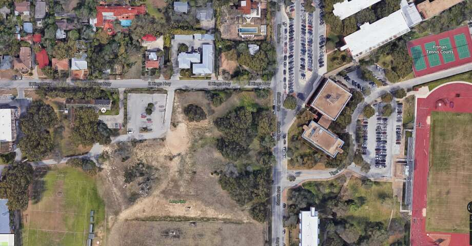 A gated community of single-family homes planned on 9.2 acres of green space next to Trinity University is facing opposition from Monte Vista residents who say it would violate the historic character of the neighborhood. Photo: Google Maps