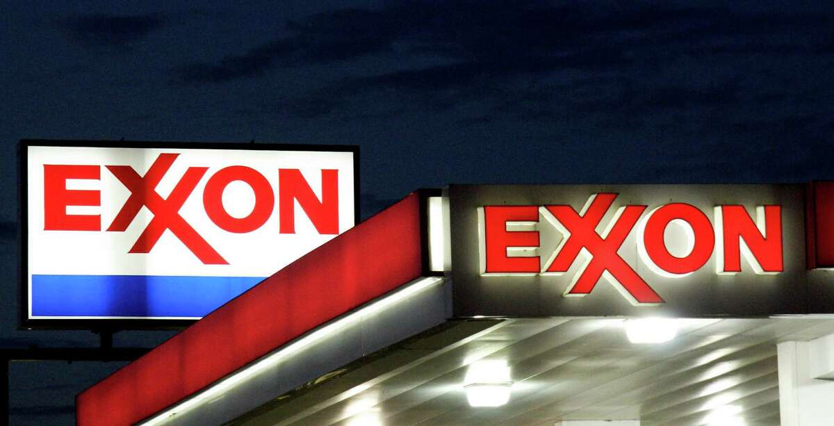 (FILES) This file photo taken on September 20, 2008 shows an Exxon sign at a station in Manassas, Virginia. Wall Street stocks mostly fell early August 24, 2016 as petroleum-linked shares were under pressure ahead of a US oil inventory report. ExxonMobil and Schlumberger were among the oilfield equities to dip after data late Tuesday from the American Petroleum Institute showed US oil stockpiles rose last week. The Department of Energy will release official reserves data later this morning. / AFP PHOTO / AFP FILES / KAREN BLEIERKAREN BLEIER/AFP/Getty Images