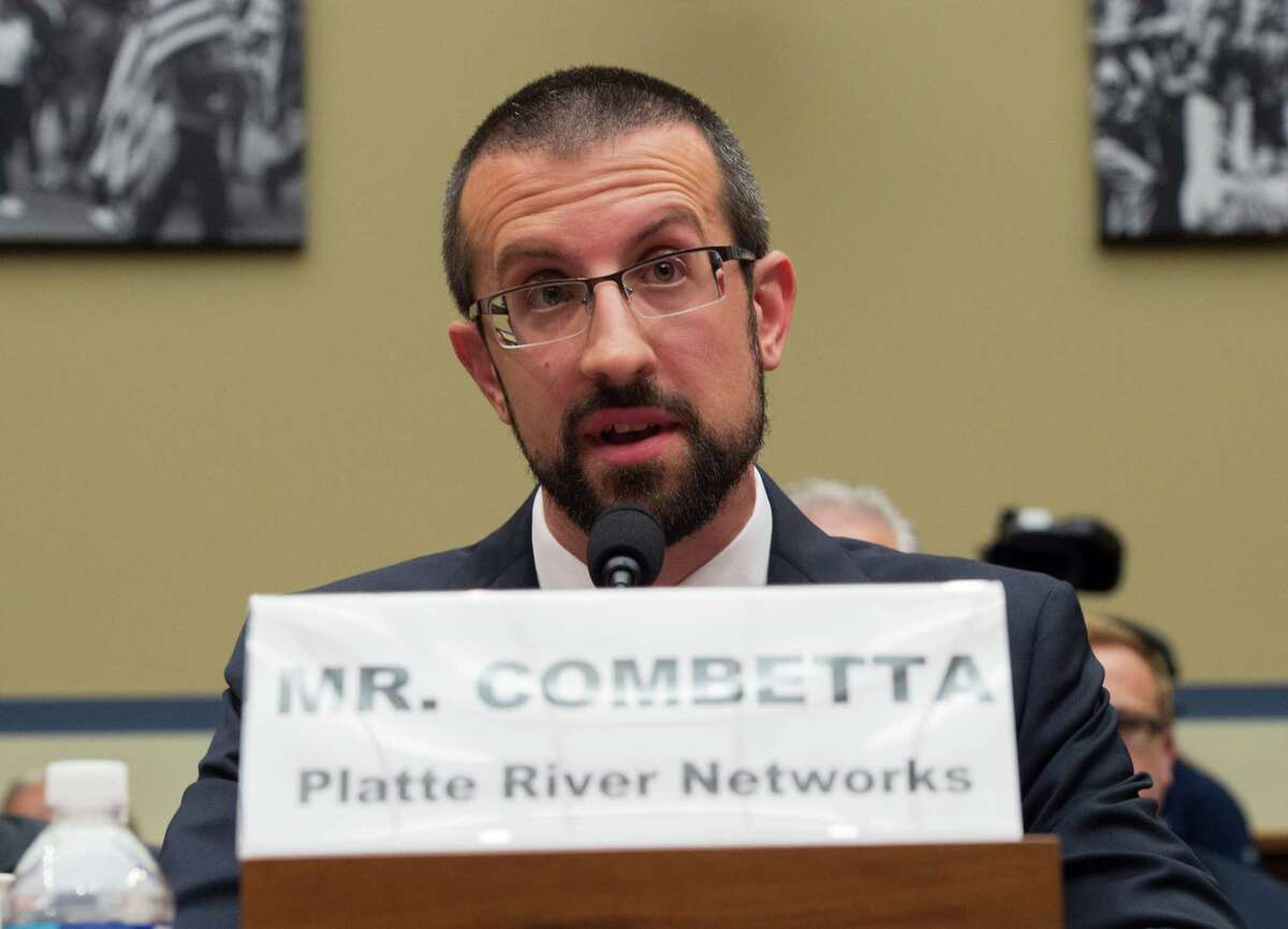 Paul Combetta, Platte River Networks, asserts his 5th amendment right while testifying on Capitol Hill in Washington, Tuesday, Sept. 13, 2016, before the House Oversight and Government Reform Committee hearing on 'Examining Preservation of State Department Records.' (AP Photo/Molly Riley)