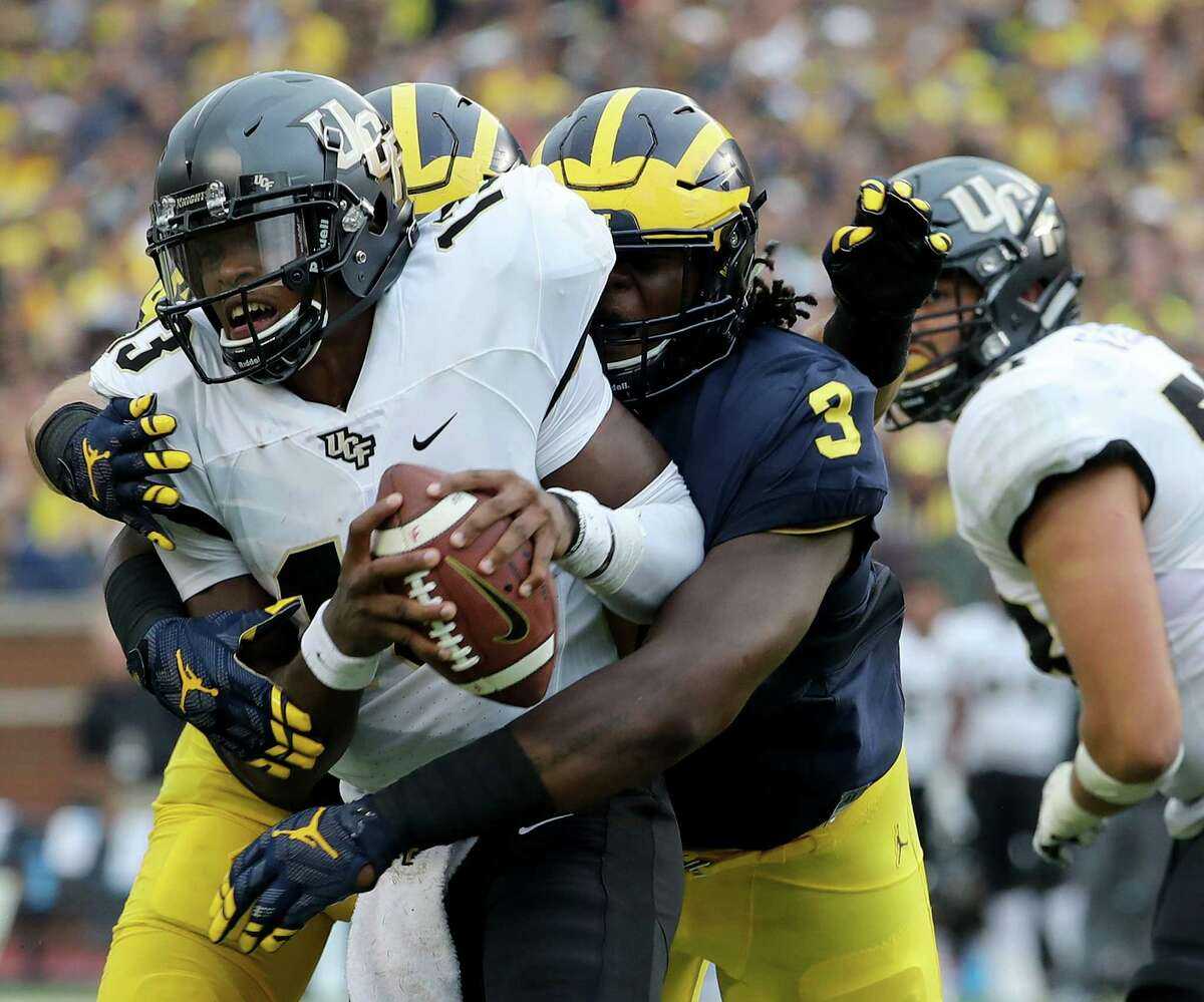 10. Central Florida (1-1): Despite losing by a 37-point margin to No. 5 Michigan on Saturday, UCF was able to rush for almost 300 yards again a No. 30 defense guided by coordinator Don Brown. Brown previously led Boston College to the No. 1 defense in college football before joining the Wolverines in 2016. The Knights' defensive line held its own against Michigan but gave up several key plays largely due to poor field position after a lackluster performance by their special teams unit. UCF managed to improve against a tough Michigan team and will look to gain some momentum against another Big Ten team in Maryland this Saturday. - Shannon Green, Orlando Sentinel