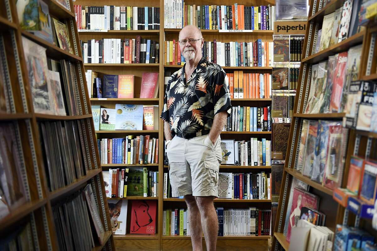 John Lescroart, bestselling author and Davis resident, poses for portrait at The Avid Reader bookstore in Davis, CA Thursday, September 10, 2016.
