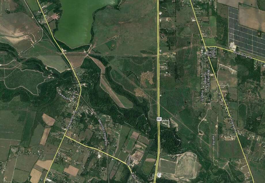 A group of investors from San Antonio and Laredo plans to build single-family homes and retail on 283 acres of vacant land on the far South Side. Photo: /