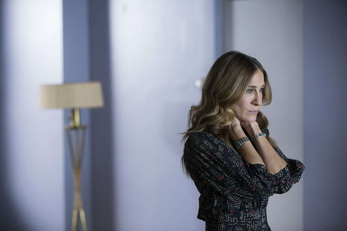 Sarah Jessica Parker plays one half of a married couple suffering through a messy split in HBO comedy 'Divorce.'