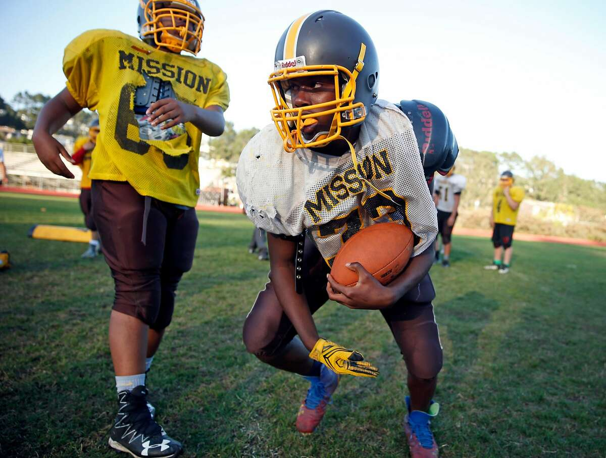 Mission High School football's Cheko Wells during practice in San Francisco, Calif., on Wednesday, September 14, 2016.