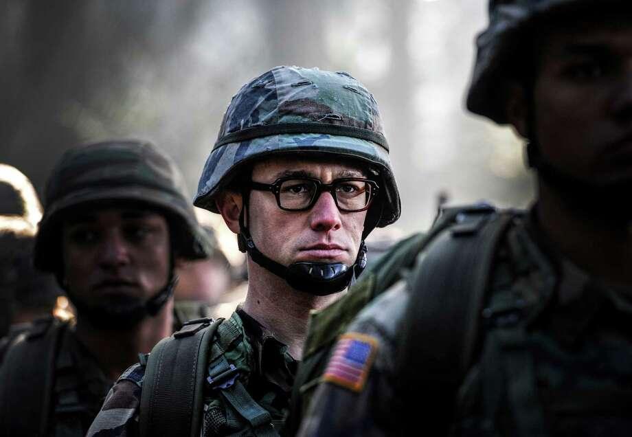"Joseph Gordon-Levitt stars in ""Snowden."" Photo: Open Road Films / Jürgen Olczyk"