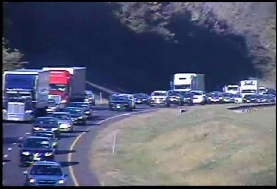 Traffic backed up on I-84 east near Exit 9 in Newtown. Photo: CT DOT