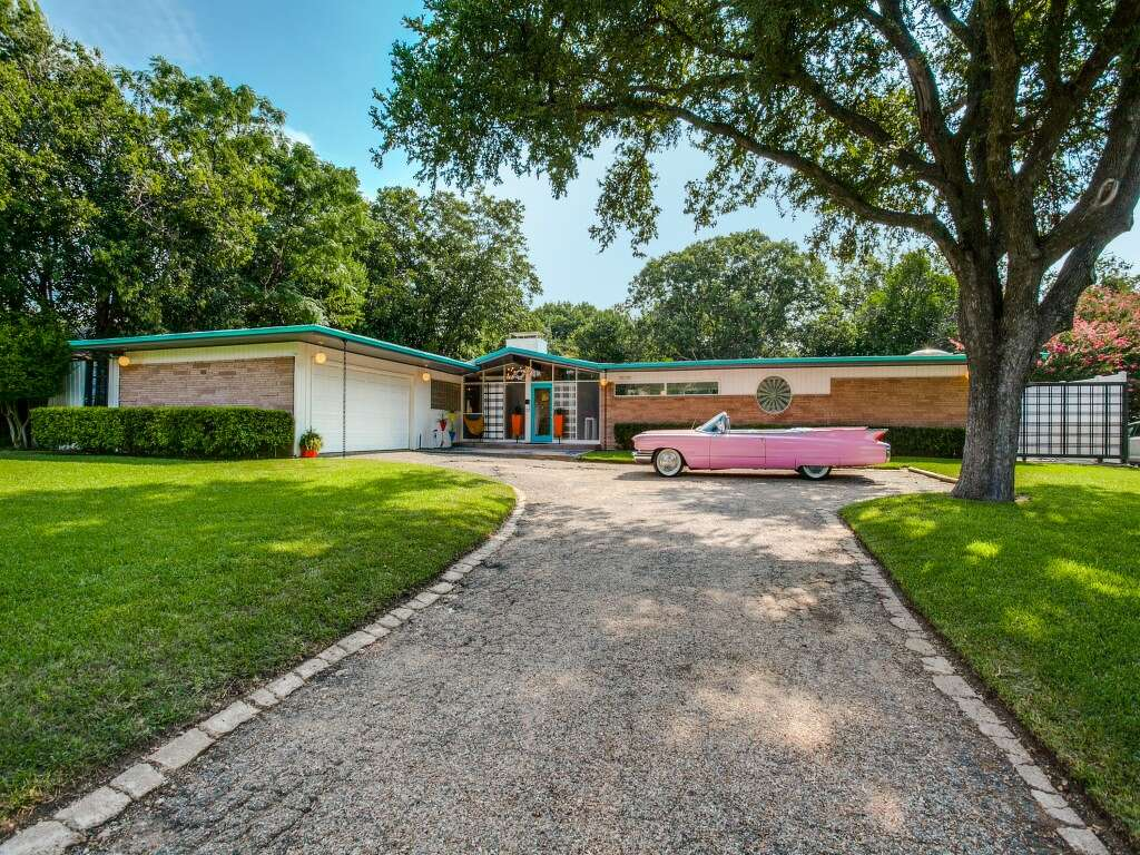 retro texas house is a midcentury modern stunner on the disney