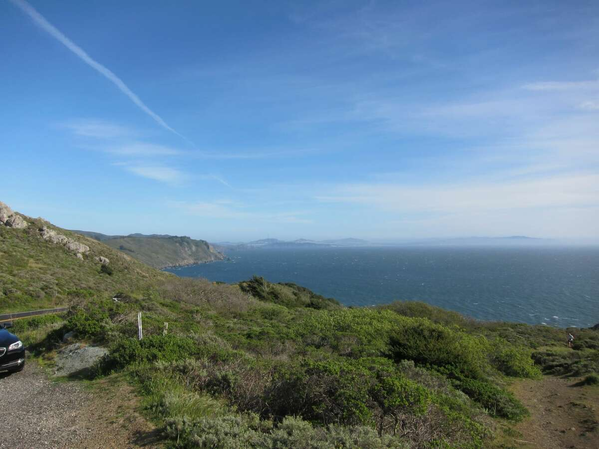 Highway 1, Mill Valley : Start off at Mill Valley and make your way down Highway 1 to Stinson Beach, which happens to be one of the most popular scenic drives for locals.