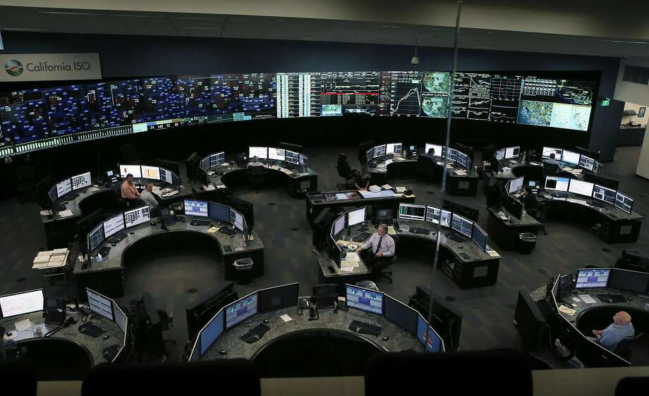 According to the California Independent System Operator, the primary agency responsible for managing the grid, energy demand peaked at roughly 47,000 megawatts. Photo: Carlos Avila Gonzalez, The Chronicle