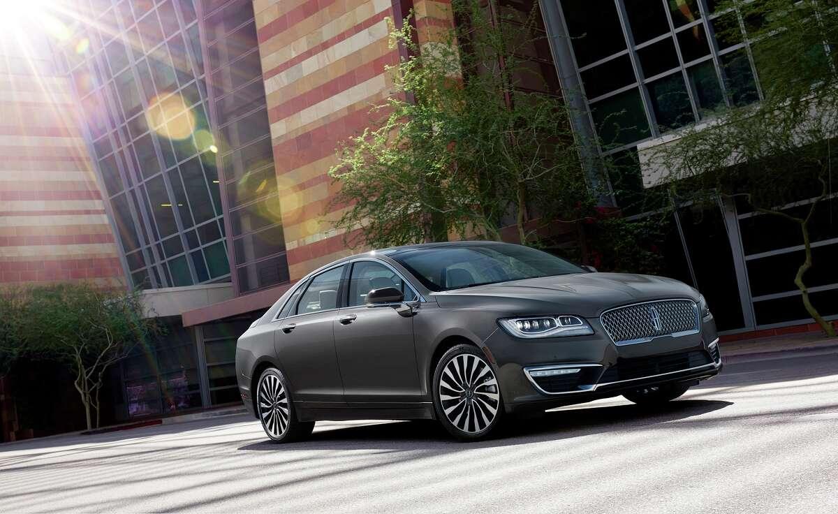 5. Lincoln MKZ Average 3-year-old list price: $21,266Percent depreciation: 54.3%