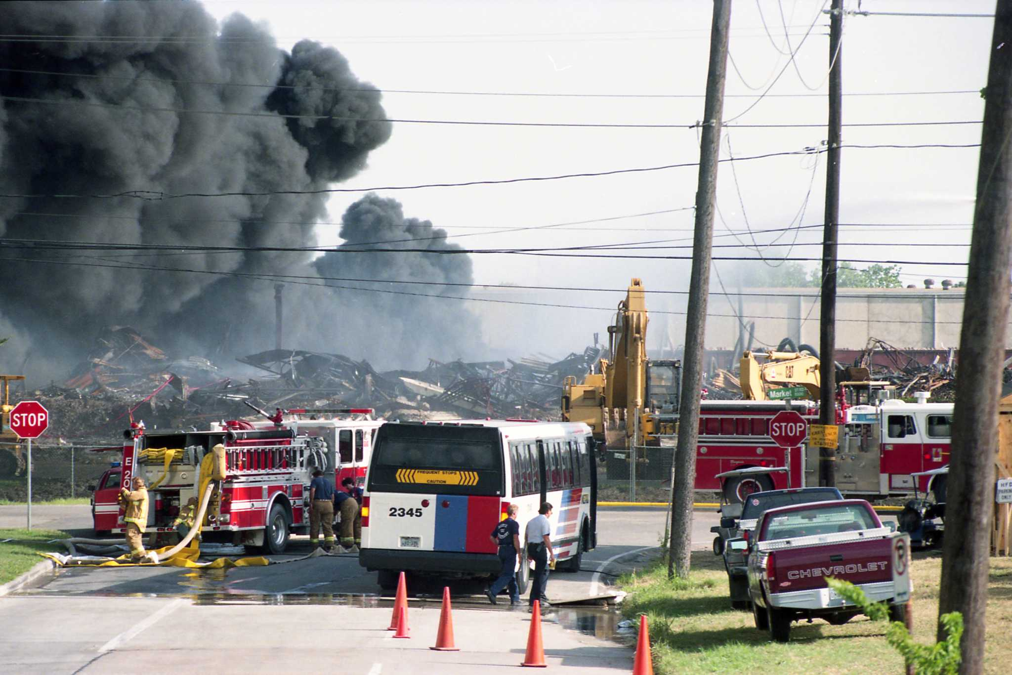 chemical breakdown part 6 houston chronicle see images from the 1995 fire where firefighters weren t initially sure of what was burning