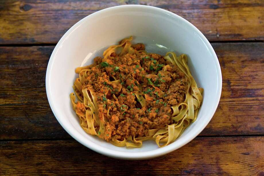 Tagliatella alla Bolognese at Giacomo's Cibo e Vino  Photo: James Nielsen, Houston Chronicle / © 2009 Houston Chronicle