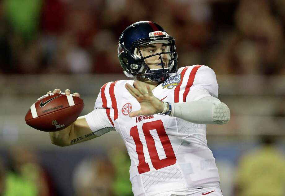 Ole Miss goes for 3 in a row vs. Alabama