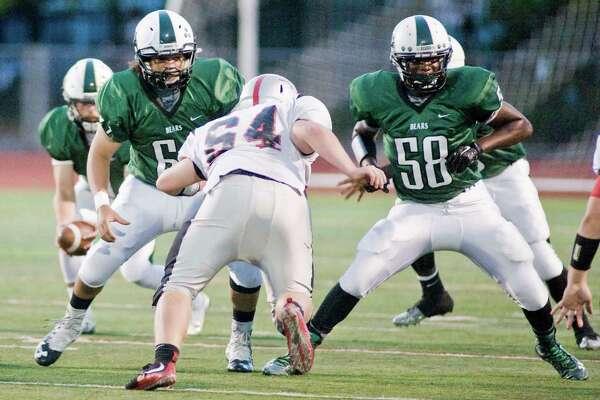 Fairfield Warde High School football vs Norwalk High School, played at Norwalk. Friday, Sept. 16, 2016