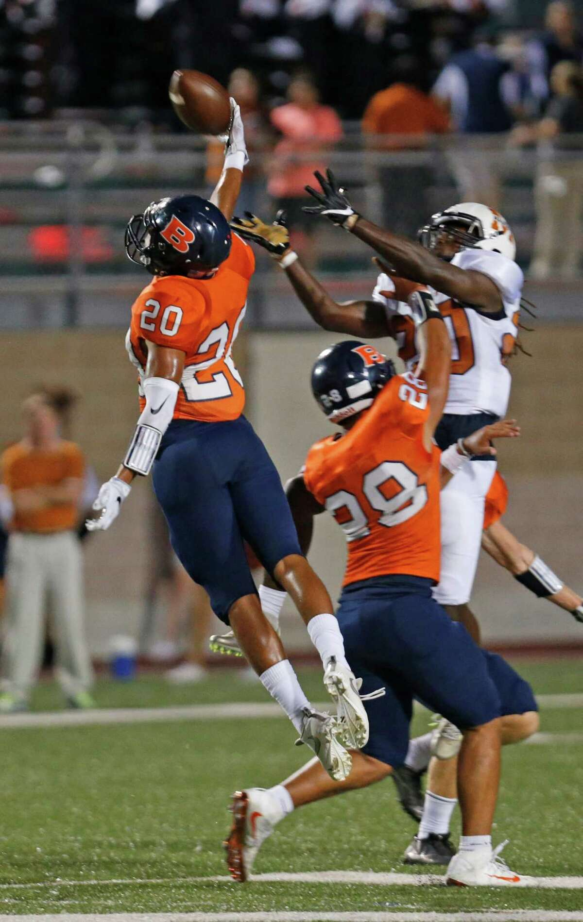 Brandeis Andrew Garza prevents Madison Jonathan Johnson from making a reception at Farris Stadium on September 16,2016.