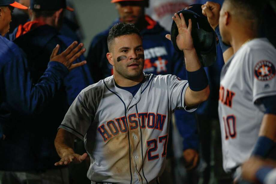 Jose Altuve came into Saturday's game two hits shy of 200 on the season. Photo: Otto Greule Jr, Getty Images / 2016 Getty Images