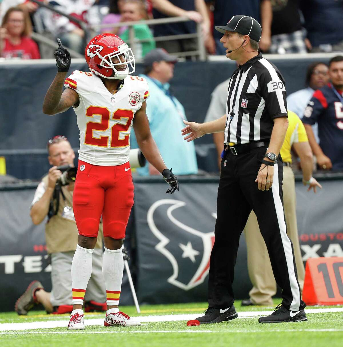 Kansas City Chiefs cornerback Marcus Peters (22) argues with the referee after getting called for taunting Houston Texans wide receiver Will Fuller (15) during the second quarter of an NFL football game at NRG Stadium, Sunday, Sept. 18, 2016 in Houston.