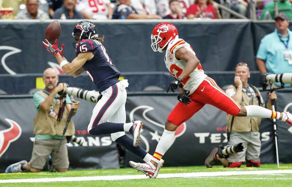 Houston Texans wide receiver Will Fuller (15) tries to catch a pass against Kansas City Chiefs cornerback Marcus Peters (22) during the second quarter of an NFL football game at NRG Stadium, Sunday, Sept. 18, 2016 in Houston.
