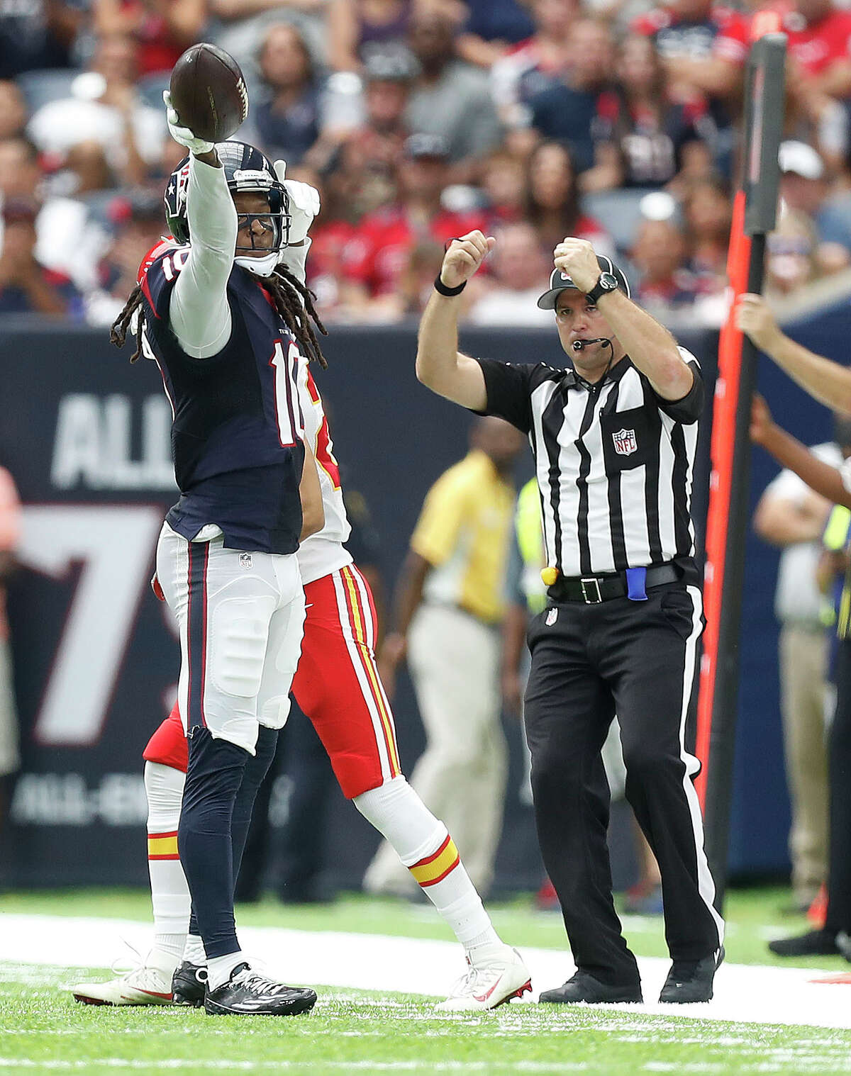 Houston Texans wide receiver DeAndre Hopkins (10) signals a first down during the second quarter of an NFL football game at NRG Stadium, Sunday, Sept. 18, 2016 in Houston.