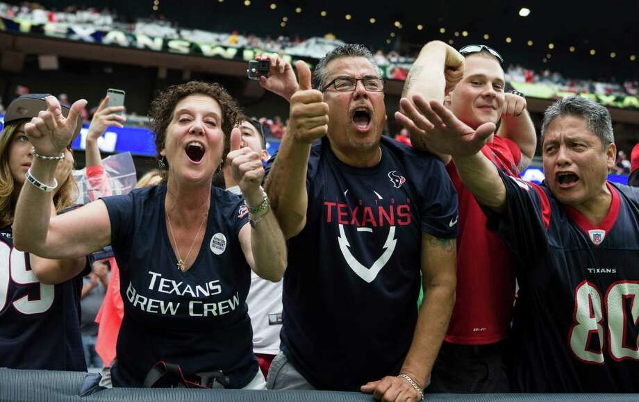 Houston Texans fans cheeer as the Texans leave the field following a 19-12 win over the Kansas City Chiefs in an NFL football game at NRG Stadium on Sunday, Sept. 18, 2016, in Houston. Photo: Brett Coomer, Houston Chronicle / © 2016 Houston Chronicle