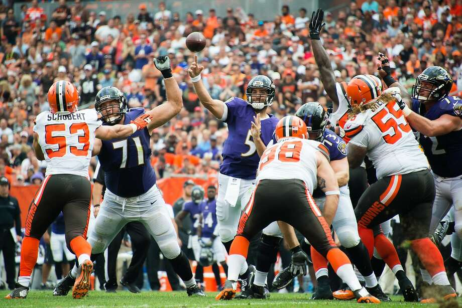 Joe Flacco throws a TD pass in the second quarter. Photo: Jason Miller, Getty Images
