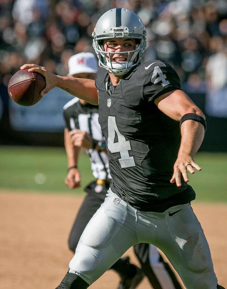 What We Learned From The Raiders' 33-16 Win Over The Jaguars