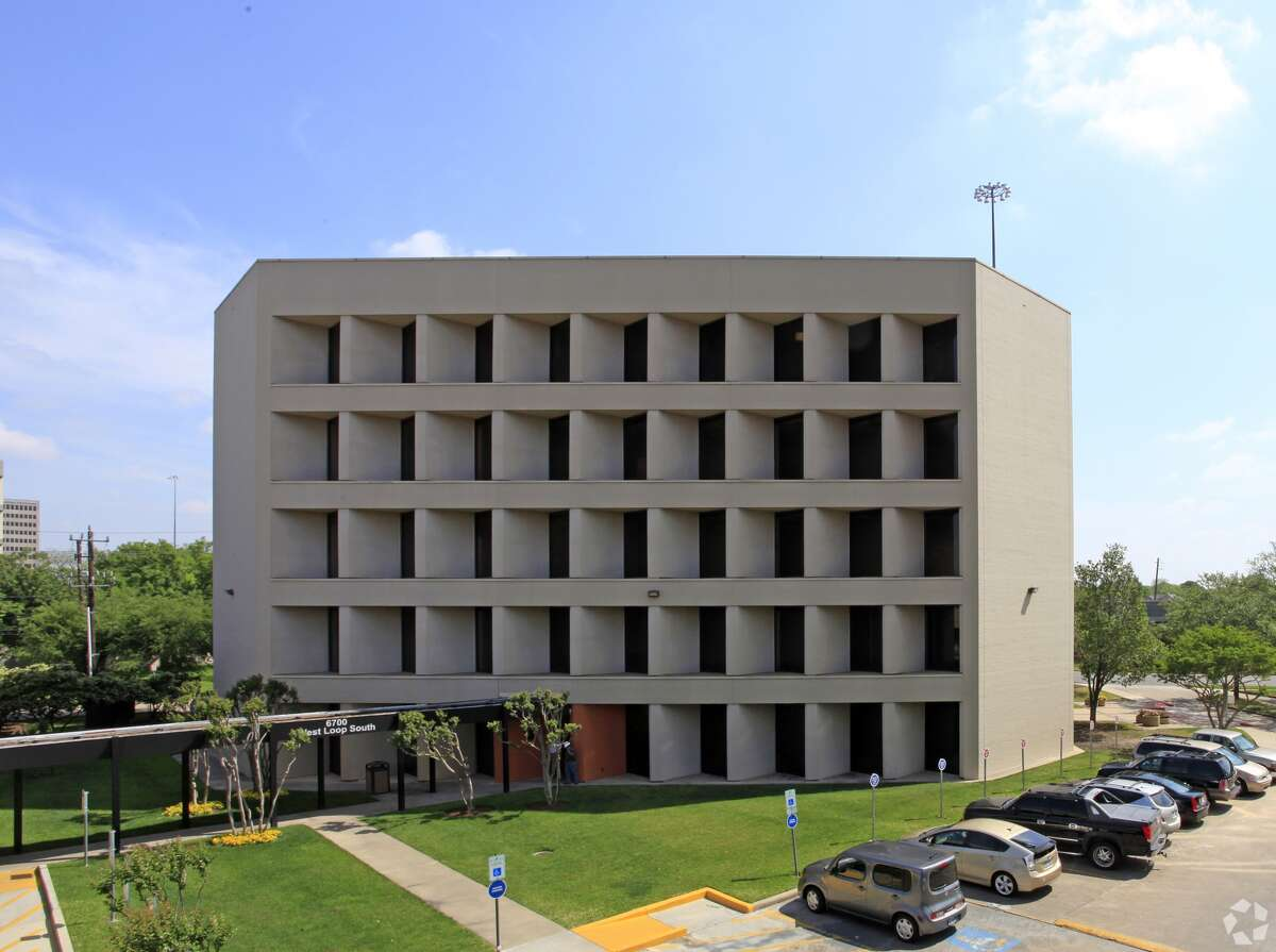 Kindred at Home has renewed its lease at 6700 West Loop South.