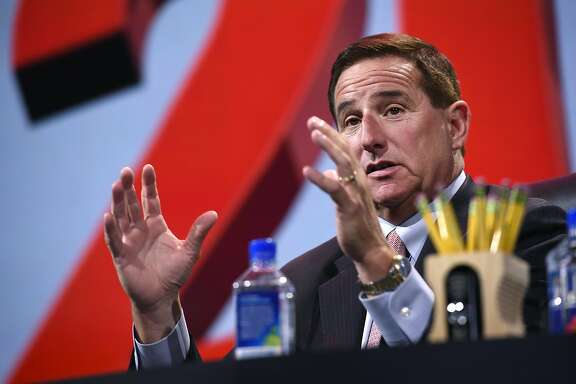 Mark Hurd, co-chief executive officer of Oracle Corp., speaks during the Oracle OpenWorld 2016 conference in San Francisco, California, U.S., on Monday, Sept. 19, 2016. OpenWorld gathers leading members of the industry to provide insight into Oracle Cloud, customer success in the cloud, and the next wave of opportunity in the enterprise. Photographer: Michael Short/Bloomberg