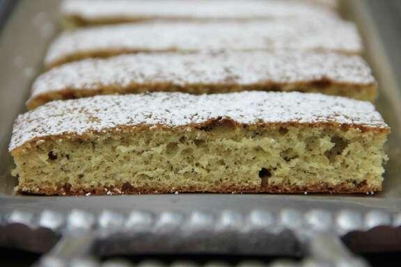 Earl Grey lemon teacakes
