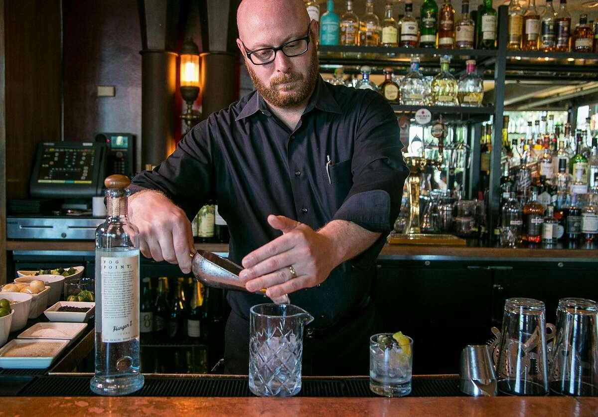 Bartender Jeff Fairbanks makes the Fog Point Martini at Epic Steak in S.F.