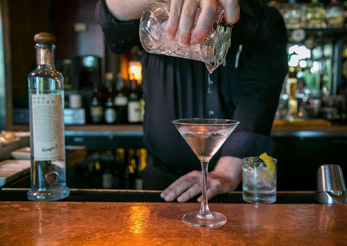 Bartender Jeff Fairbanks makes the Fog Point Vodka Martini at Epic Steak in San Francisco, Calif. on September 19th, 2016.