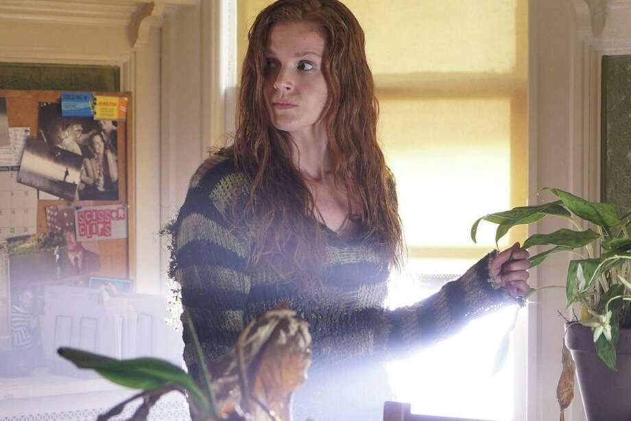 GOTHAM Recap: 'Mad City: Burn the Witch' Introduces the Real Poison Ivy